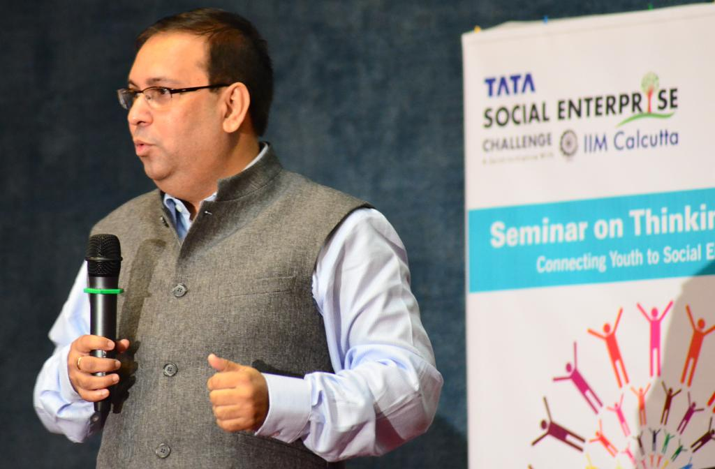 Seminar on Thinking Social